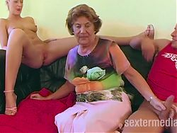 Diese Oma ist zu pervers
